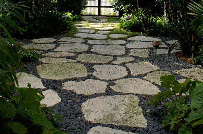 Add Elegance To Your Garden With Paving Stones